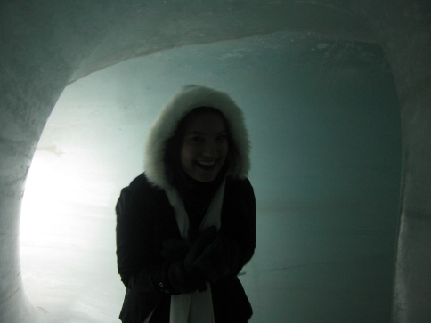 Learning that igloo's are very cold!