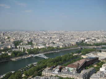 Paris from above (Le tour Eiffel)